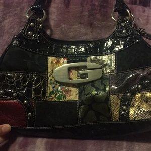 Guess purse 😍